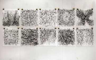 """Punktum, punktum, komma, streg"", 2006 Vist på Munkeruphus på udstillingen ""Sten, Saks, Papir""."
